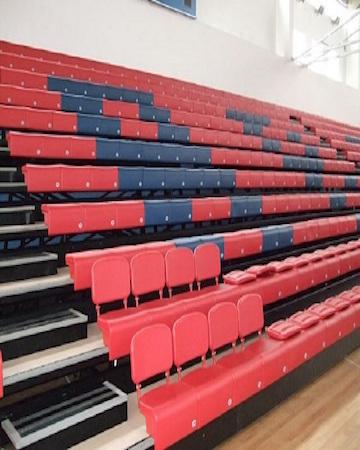 Gradas, bancas y asientos